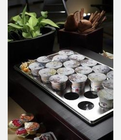 Refrigerated tray with 22 holes for yogurt
