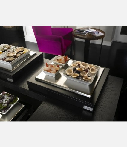 Refrigerated display case with 3 porcelain bowls